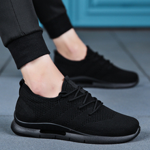 New autumn men's pure black mesh sports shoes breathable trend casual shoes light and full